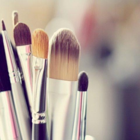 Augenringe perfekt abdecken – Tricks und wirksame Kosmetikprodukte