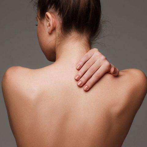 Akne am Rücken – Ursachen und wirksame Behandlung