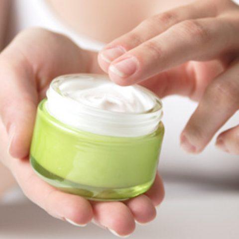 Creme unter Make-up? Wähle die beste Creme für dich und deine Haut!
